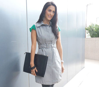 Sleeveless-Trench-Featured